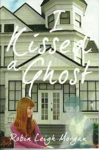 I Kissed a Ghost0001